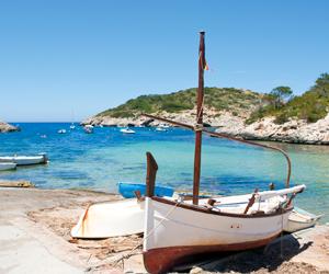 Ibiza Akkilahdot Lomatalot Ja Huoneistot